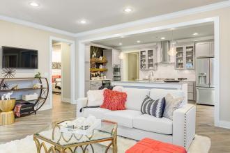 Pinot living room kitchen