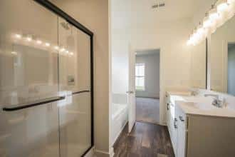 Spruce-FH Bath1 CR