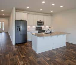 SpruceFarmhouse Kitchen1 CR