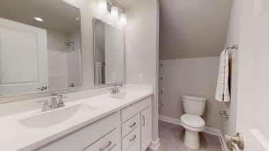 StanfordC 3rdBayGarage Bath 2